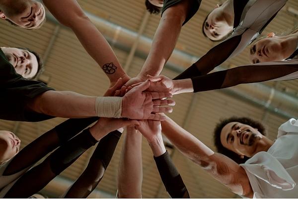 Kas ir team building, un kāpēc tas ir viens no labākajiem ieguldījumiem tavā biznesā